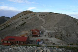 南岳小屋と南岳