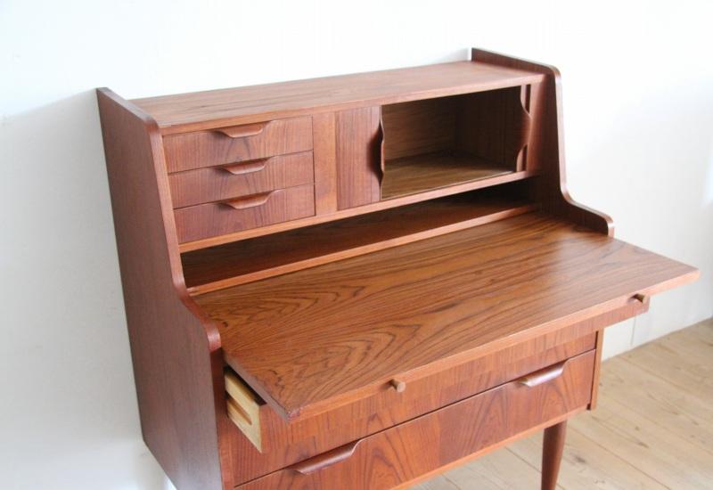 Favor Furniture