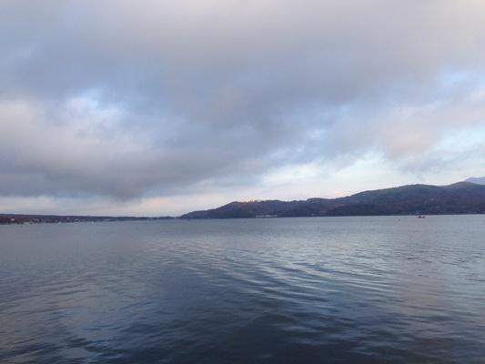 鶴の折り紙 山中湖 3.jpg