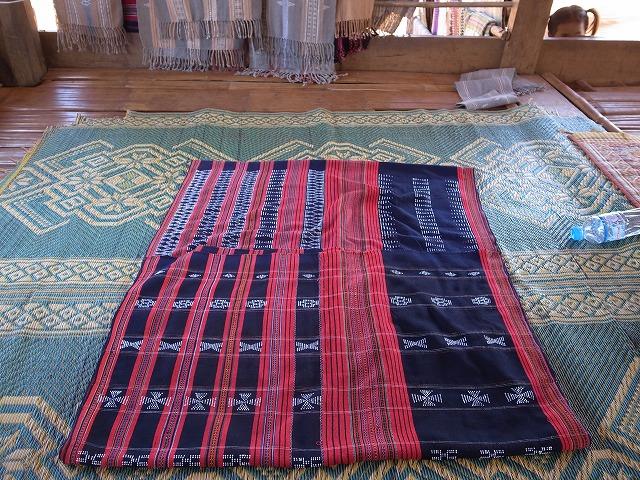 カトゥー族の木綿織物2