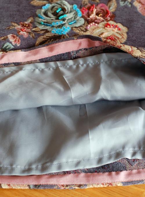 ゴブラン織りのスカート