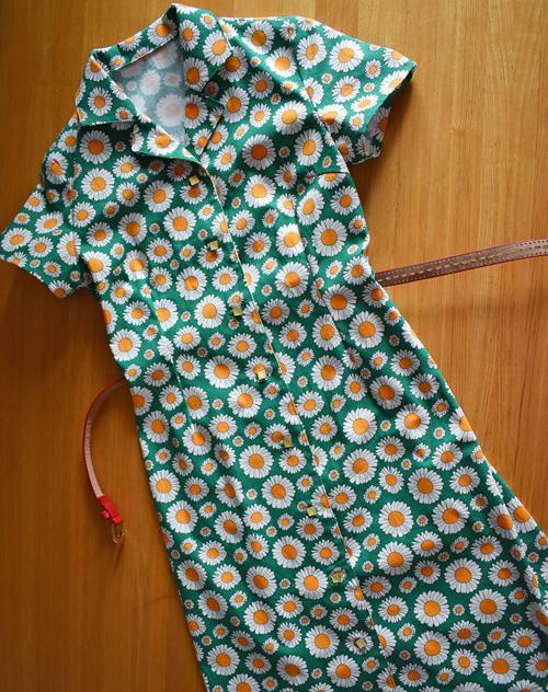 マーガレット柄シャツドレス