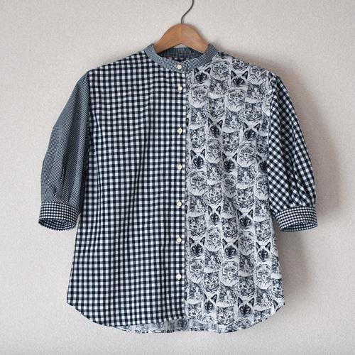 猫ギンガムのシャツ