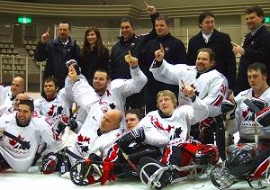 ノルウェーに逆転勝利して旭川での国際大会に続いて優勝したカナダ