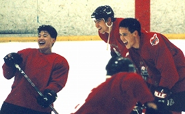 樺山選手、八幡選手らとともに、長野オリンピックに出場した藤田選手