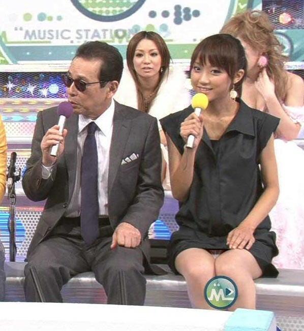 竹内由恵 放送事故 生放送でTバックパンツがアップで映ってしまった!!