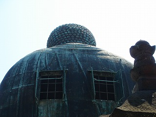 鎌倉大仏の背中