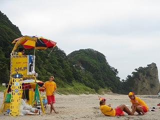 大浜のライフセーバー