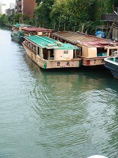 枕橋から屋形船