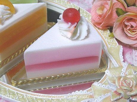 見ためも香りもケーキみたいな石けんの口コミ!女性支持率100%のプレゼントなら、『まるごとケーキ石けん』♪ストロベリー