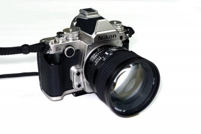 85mmf/1.4D