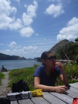 ブタ海岸で休憩