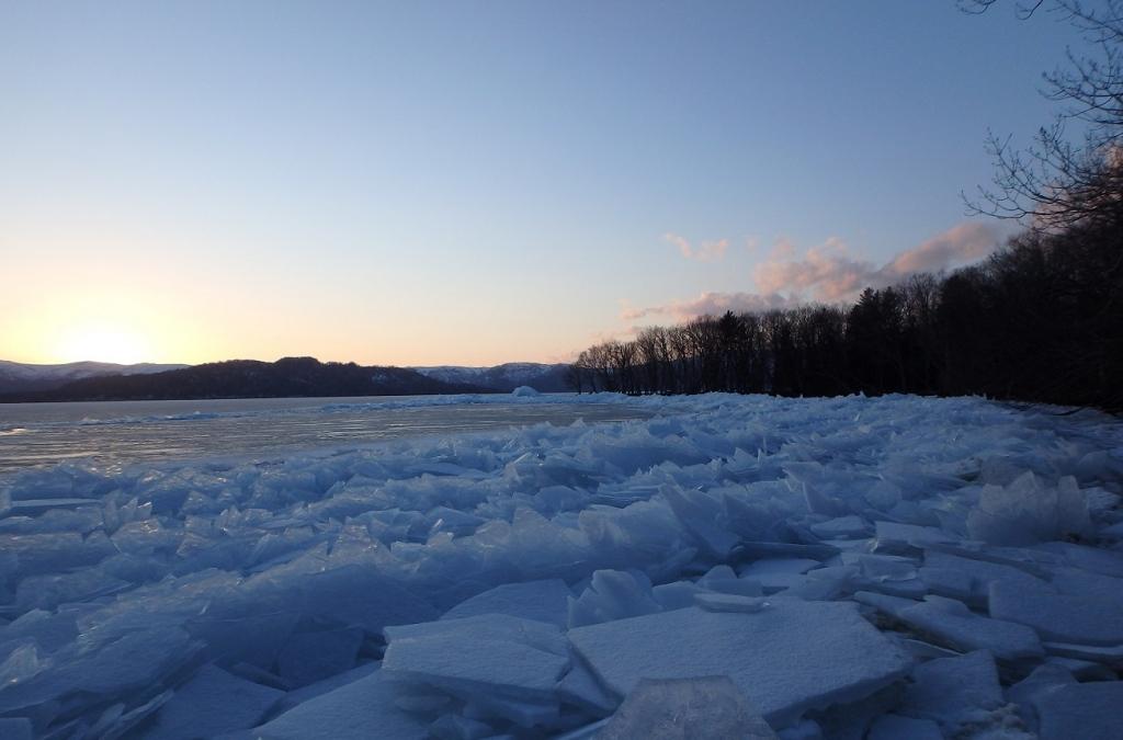 前浜寄せ氷