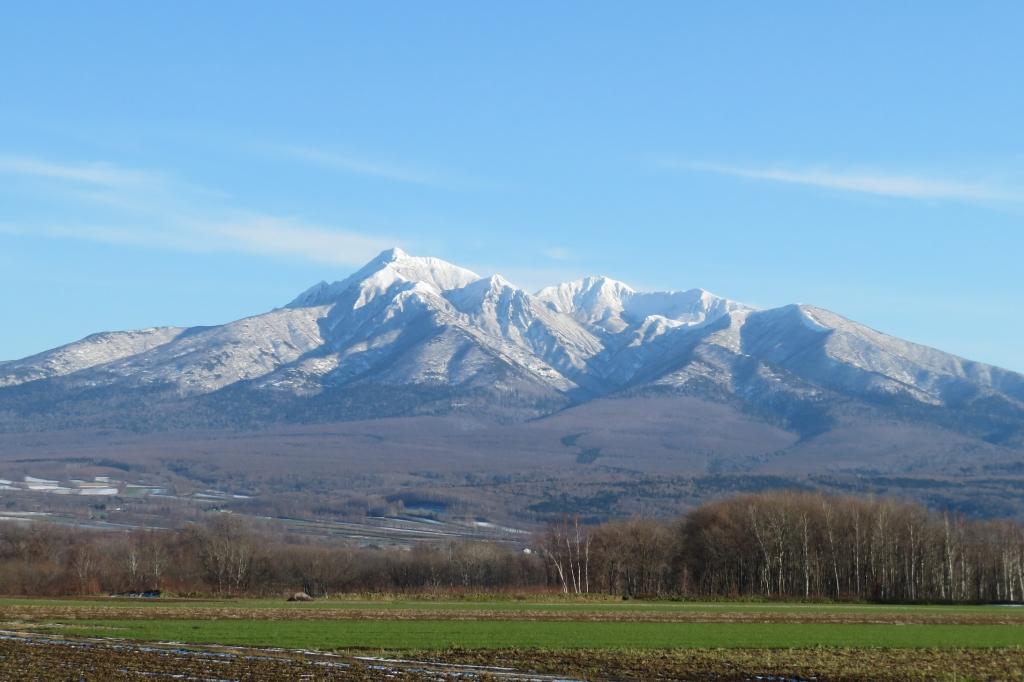 初冬の斜里岳