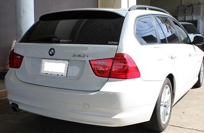 BMW320i