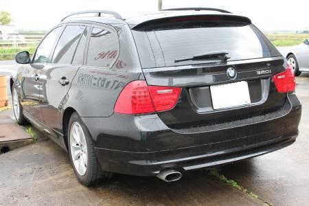 BMW320i ツーリングー2