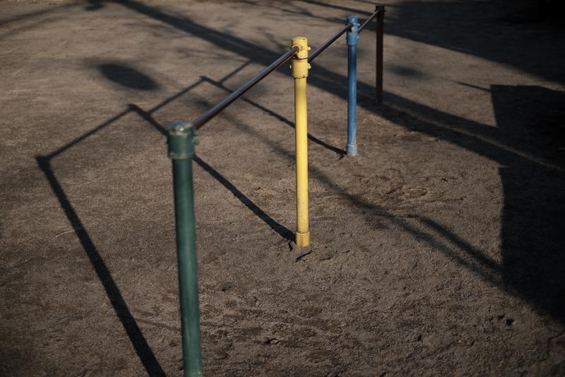 公園の鉄棒