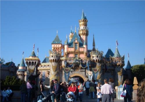 ディズニーの噂・裏技・裏話_眠れる森の美女の城