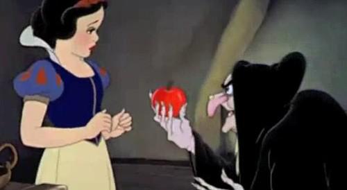ディズニーの噂・裏技・裏話_白雪姫は16歳以下は保護者の同伴が必要だった