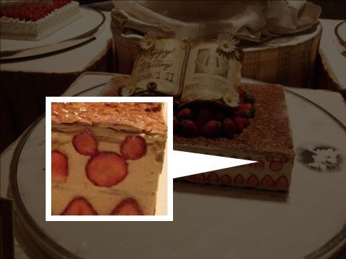 ディズニーの噂・裏技・裏話_ウェディングケーキに隠れミッキーがいる