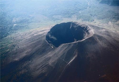 ディズニーの噂・裏技・裏話_プロメテウス火山のモデルとなった火山