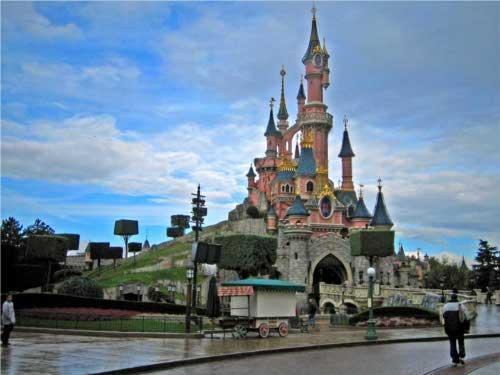 ディズニーの噂・裏技・裏話_ディズニーランド・パリの眠れる森の美女の城