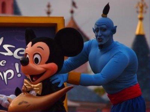 ディズニーの噂・裏技・裏話_ディズニーランド・パリのジーニーが破壊力ありすぎ