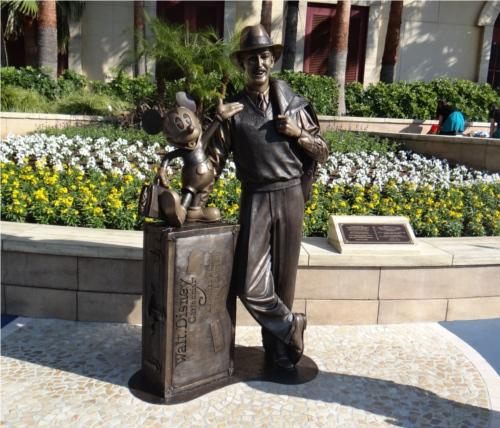 ディズニーの噂・裏技・裏話_東京ディズニーリゾート30周年記念にアメリカのディズニー本社から贈られたもの