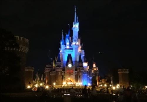 ディズニーの噂・裏技・裏話_シンデレラ城の頭頂部にはアンテナが設置されている