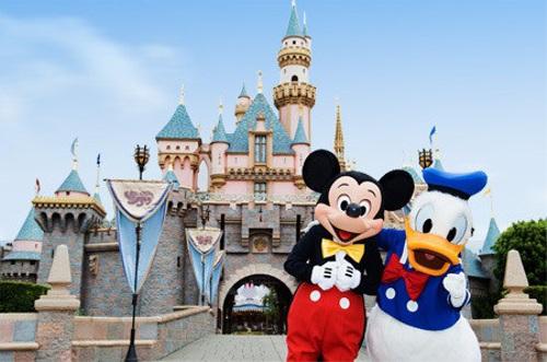 ディズニーの噂・裏技・裏話_カリフォルニアのディズニーランドには個性的なアリスのトイレがある