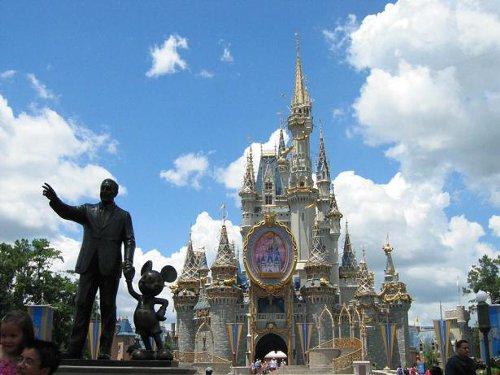 ディズニーの噂・裏技・裏話_入園もお買いものもこれひとつ!?フロリダのディズニー・ワールドに魔法のマジックバンドが登場