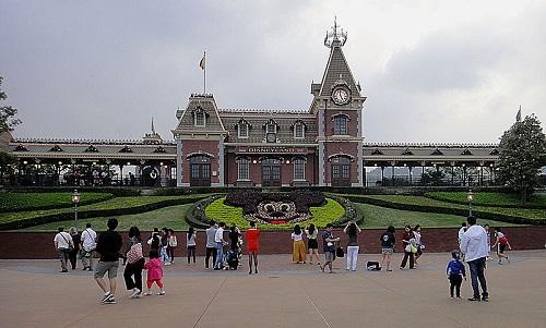 ディズニーの噂・裏技・裏話_香港ディズニーランドには巨大なトイ・ストーリーのテーマランドがある