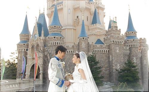 ディズニーの噂・裏技・裏話_気分はプリンセス!シンデレラ城の結婚式が美しすぎると話題に