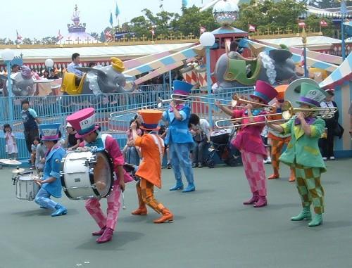 ディズニーの噂・裏技・裏話_ショー・パレードのダンサーが年々減っている