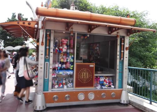ディズニーの噂・裏技・裏話_ポートディスカバリーのワゴンショップに大きな隠れミッキー