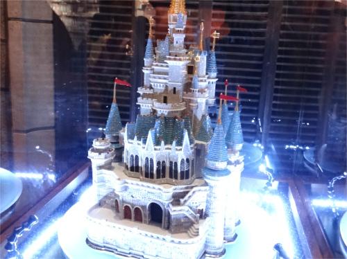 ディズニーの噂・裏技・裏話_東京ディズニーランドで一番高額なあの商品を持っている芸能人とは