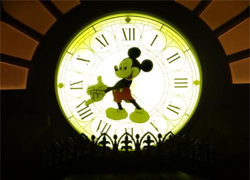 ディズニーの雑学・トリビア・裏話_ディズニーリゾートで「別れるキッカケになるもの」トップ10とは