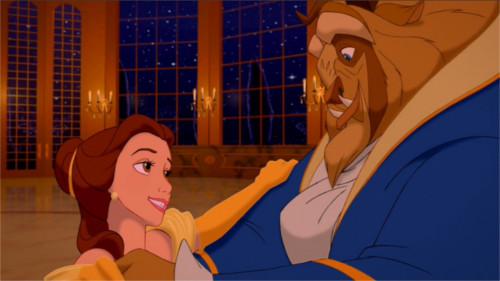 ディズニー雑学・トリビア・裏話_「美女と野獣」のキャラクターのビフォーアフターをチェック(ベルと野獣)