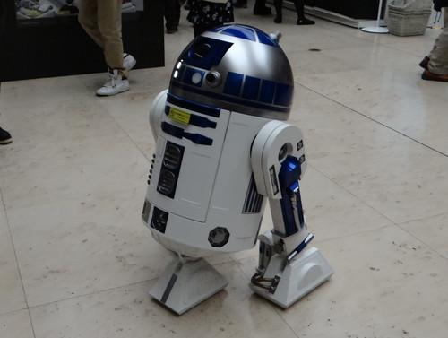 日テレタワーのスター・ウォーズ展示会_R2-D2