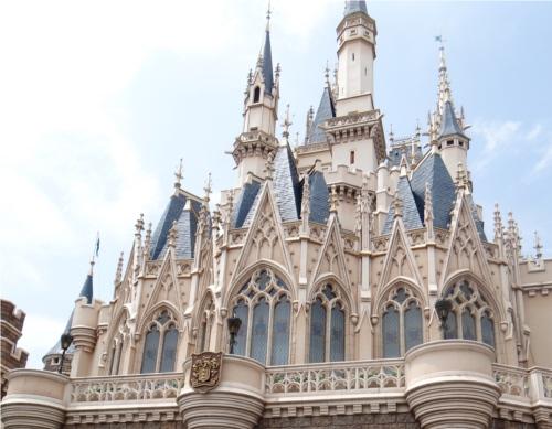 ディズニー雑学・トリビア・裏話_シンデレラ城の回廊に呪いの指輪がある