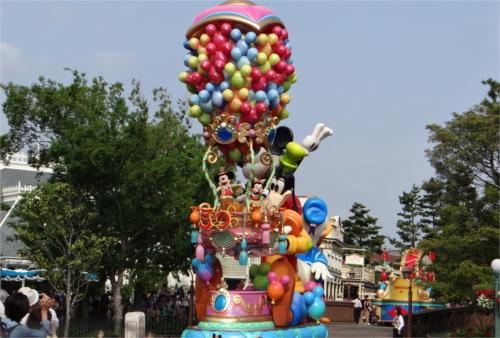ディズニー用語集:スニーク(スニークプレビュー)