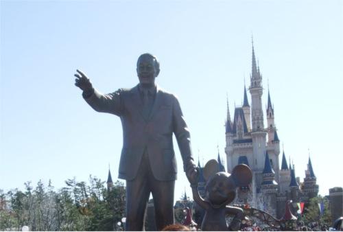 ウォルト・ディズニーの死をキッカケに誕生した最初のアトラクション_1