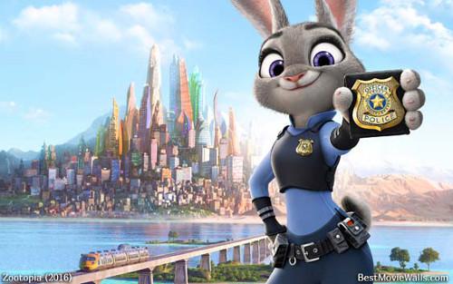 公安の警察官が一人ディズニーをする理由_1