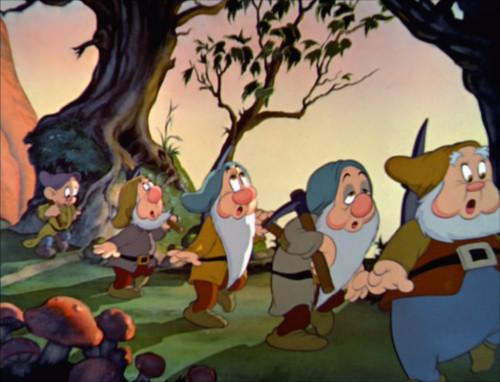 白雪姫で七人のこびとが歌う「ハイホー」の意味_6