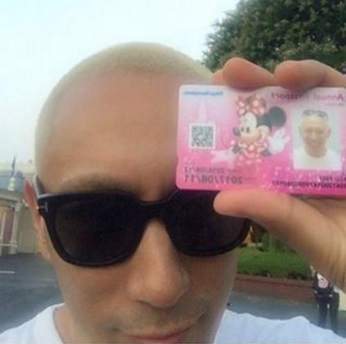 ディズニーランドの年間パスポートを購入した超以外な芸能人_市川海老蔵