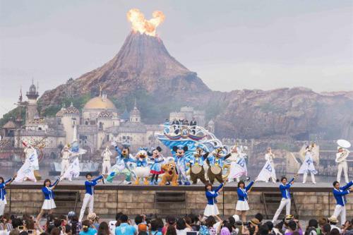 ディズニーシーの15周年セレモニーで炎が隠れミッキーに_2