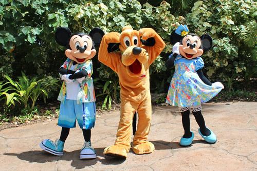 ハワイのアウラニで5周年を記念して新キャラクター登場!いつの間にかミッキーミニーの顔にも変化_2