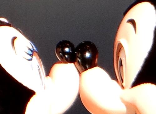 ミッキーの鼻がめちゃくちゃでかい!ミニーの鼻と比較した結果_3