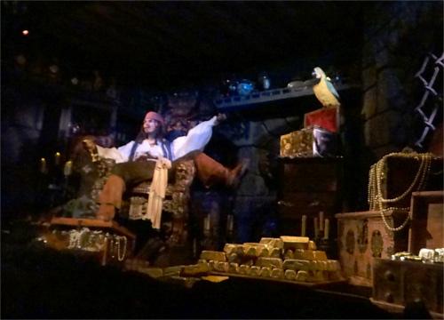 総工費ランキング第4位:カリブの海賊