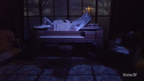 ホーンテッドマンション_ピアノ演奏